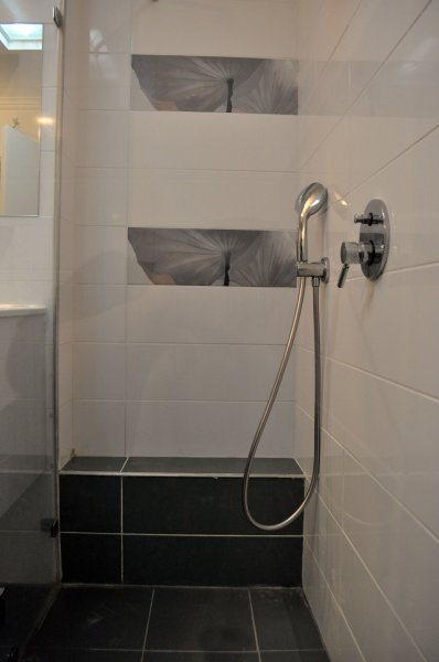 מקלחת 6
